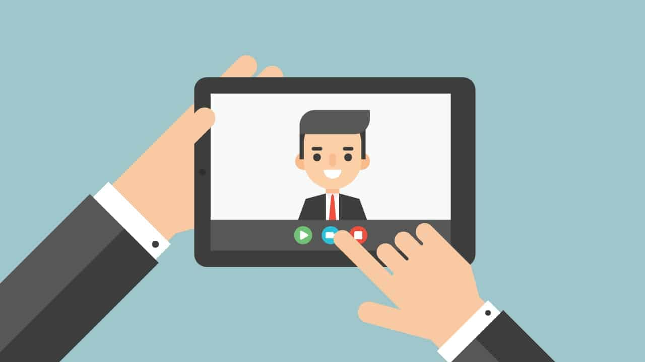 When Should Live Streaming Be a Priority in Your Strategy When Should Live Streaming Be a Priority in Your Strategy